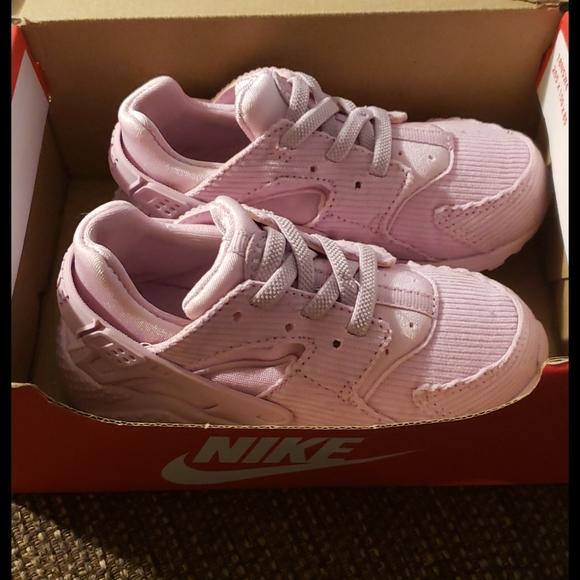 COPY - Nike Huarache 9c